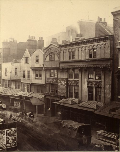 London, 1875-ci il
